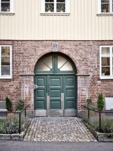 Portone d'ingresso casa svedese