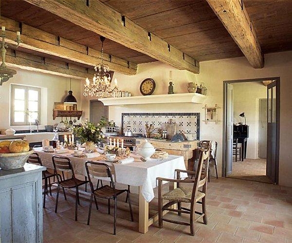 Cucina stile cottage per casa di campagna