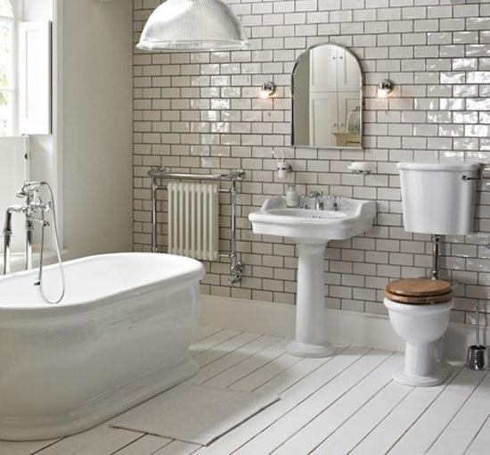 Il rivestimento dei bagni stile inglese