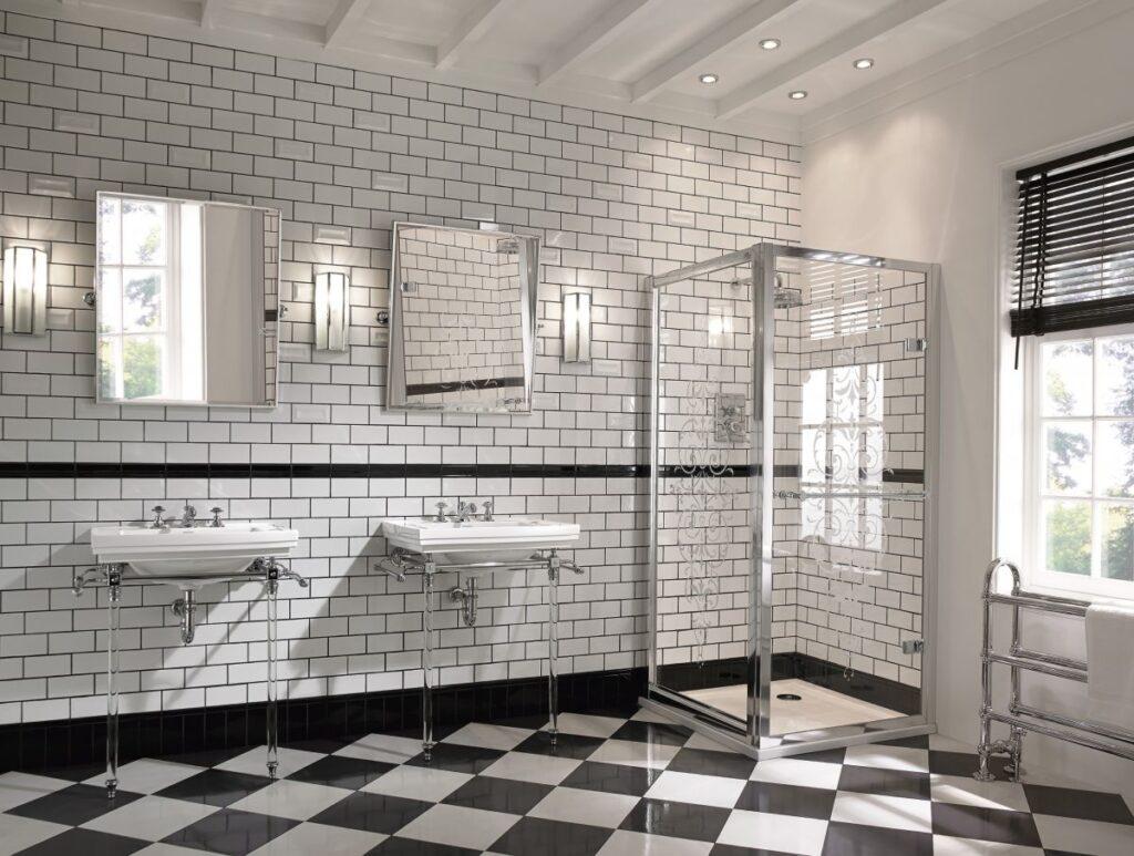 Bagno bianco e nero stile inglese