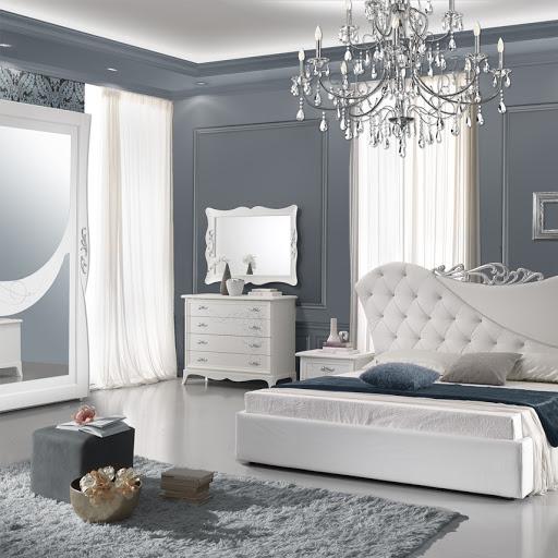 Camera da letto pareti grigie