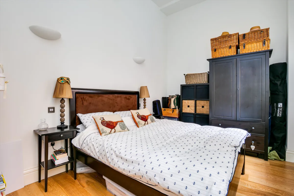 Camera da letto stile inglese tradizionale
