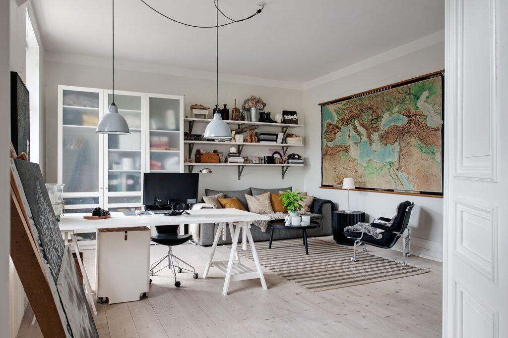 ampio studio casa svedese