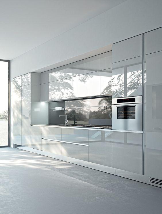 Cucina lineare grande