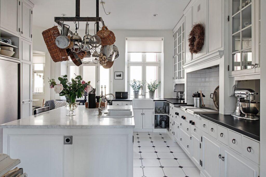 esempio cucina svedere con isola